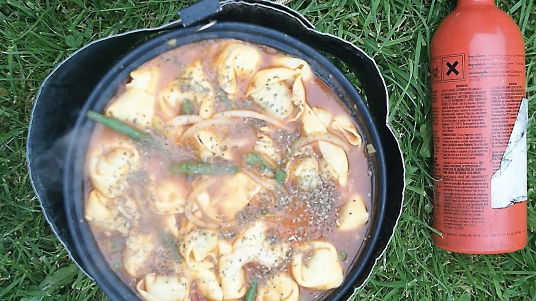 Fasta pasta. One pot cycle touring and hiking recipes. Crank and Cog