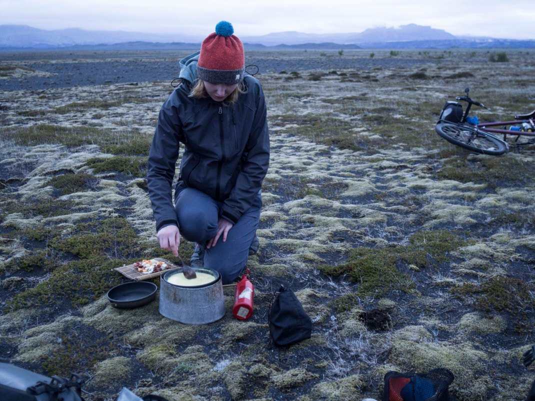 Midnight snack in Iceland! | Crank & Cog cycle tour of Iceland.