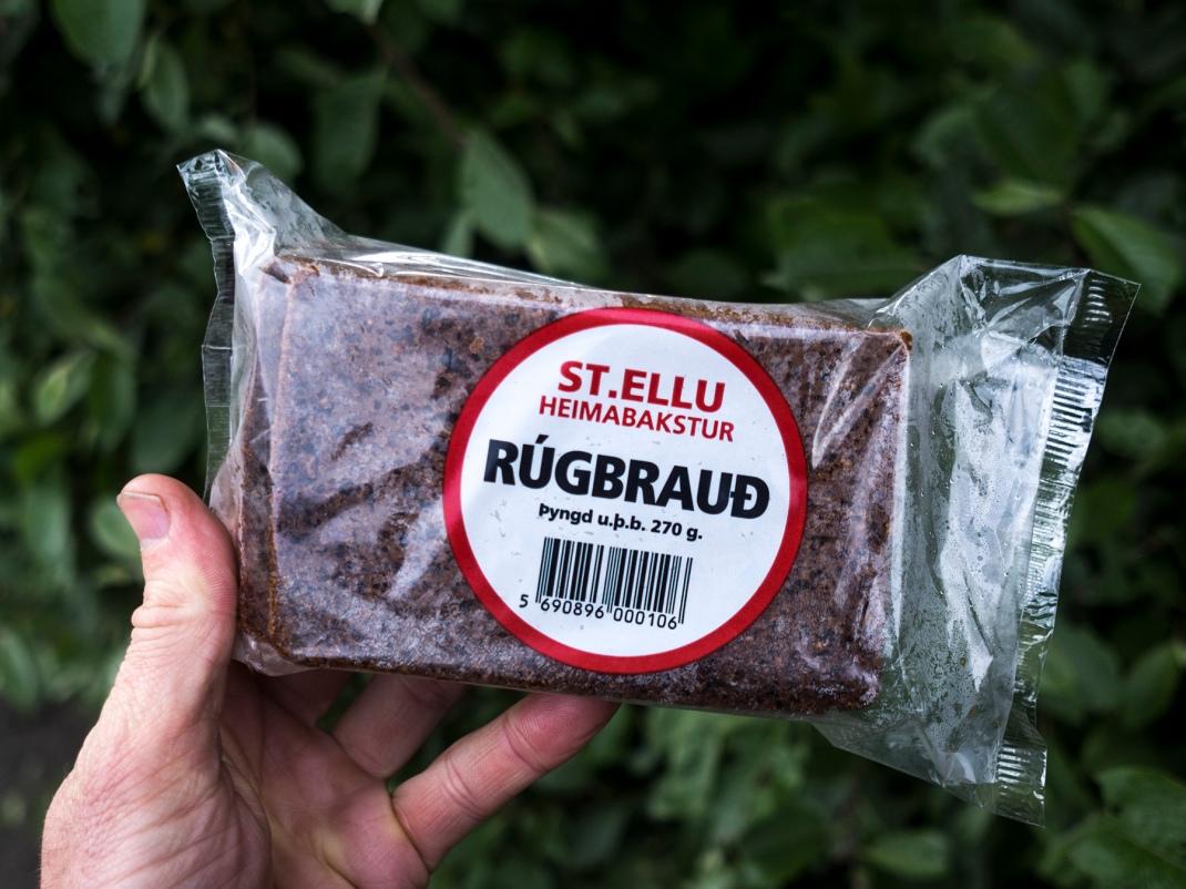 Icelandic rye bread | Crank & Cog